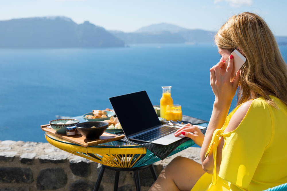 financial advisors who work from anywhere with technology